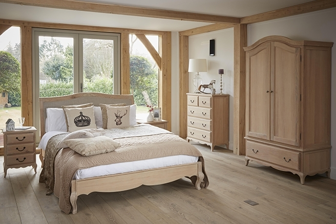 Cheltenham Oak French Bedroom Furniture