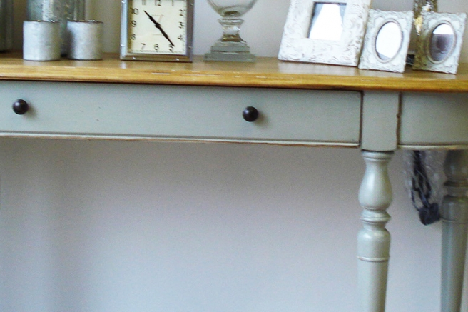 Gloucester Elm Grey Distressed Furniture