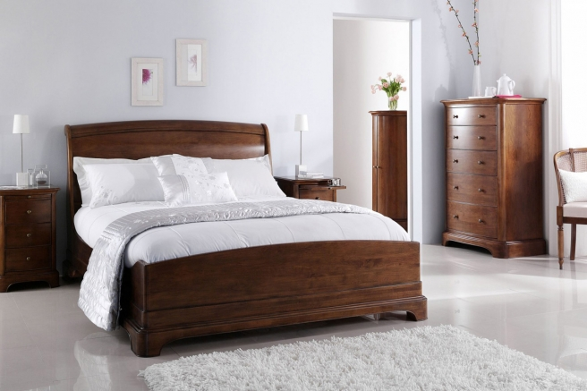 Lille Sleigh Bedroom Furniture