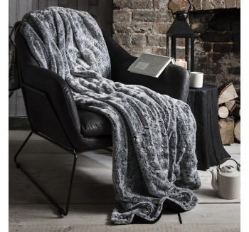 Kilburn Fur Throw Silver