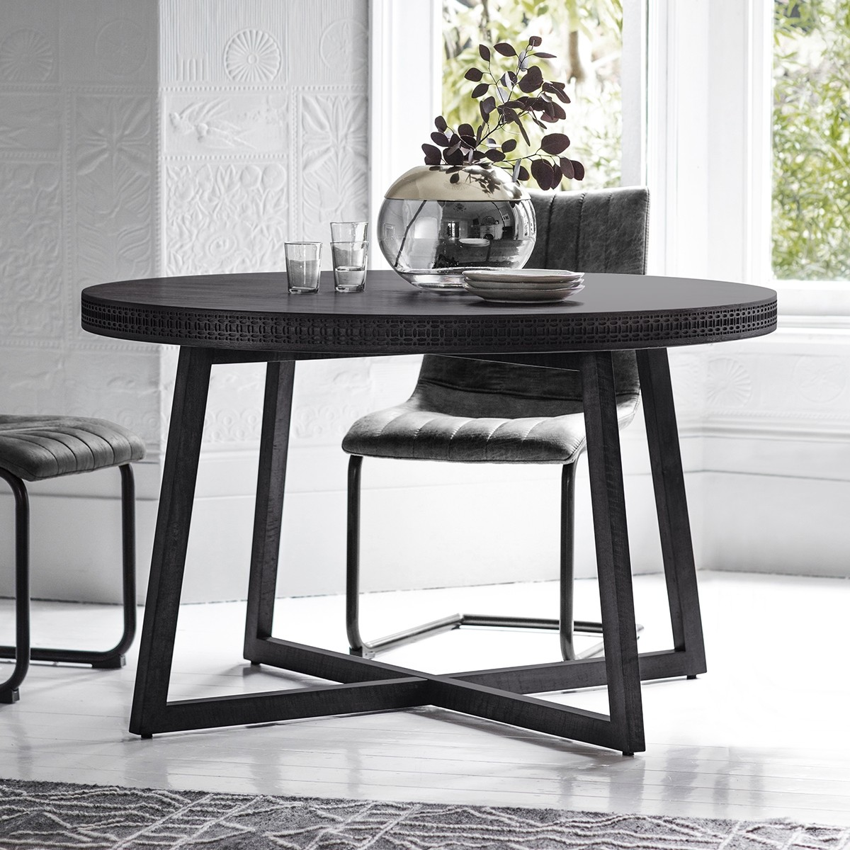 Manhattan Contemporary Round Dining Table - Crown French ...